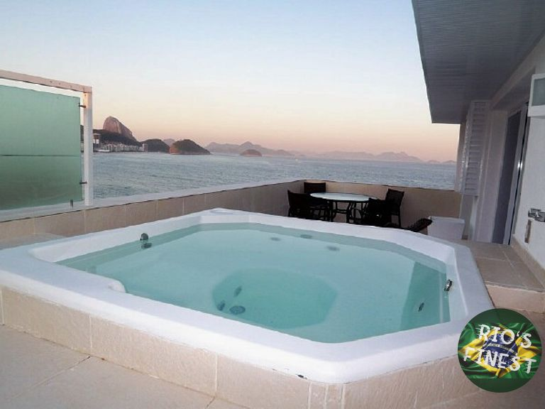 4 Bedroom Beachfront Penthouse with terrace in Rio de Janeir
