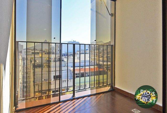 Close to Ipanema - Penthouse Apartment with Pool in Copacabana