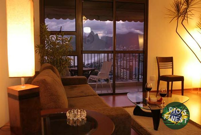Luxury Apartment with Stunning View in Arpoador, between Copacabana and Ipanema.