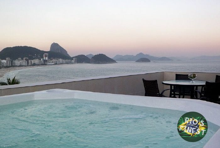 Penthouse with pool in Rio